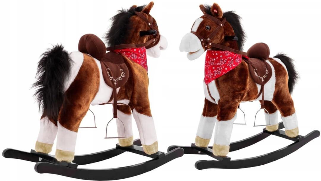 śpiewający koń na biegunach